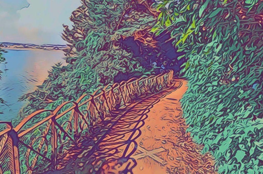 江島神社西側の通路