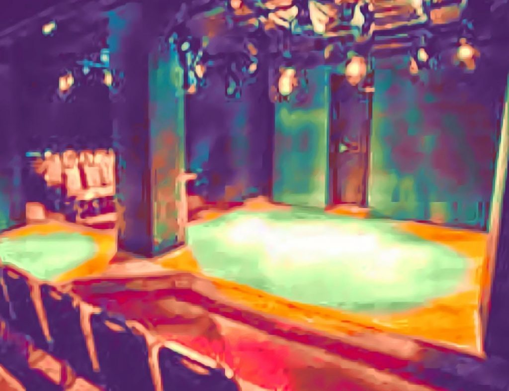 小劇場 楽園