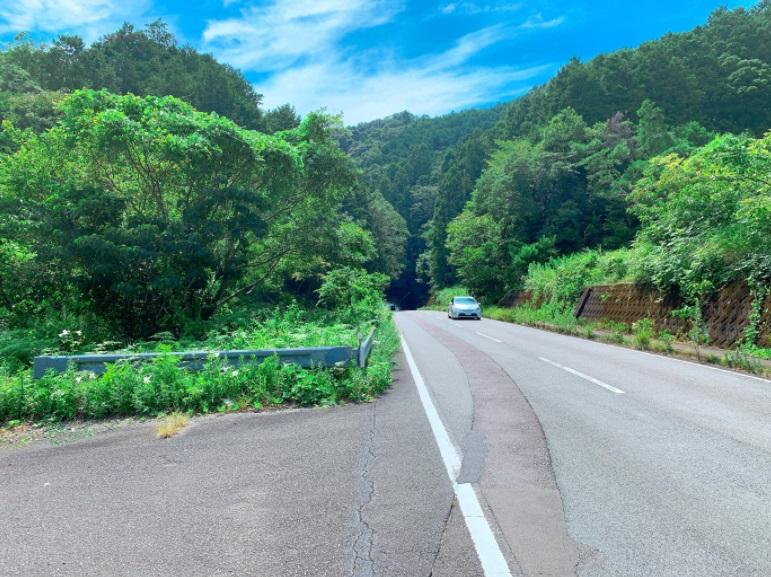 八坂トンネル