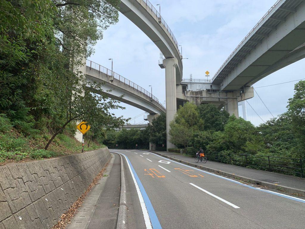 来島海峡大橋入口