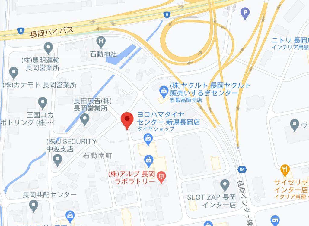 石動公園脇の道路