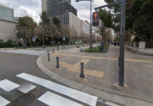 日本大通りの神奈川県庁前
